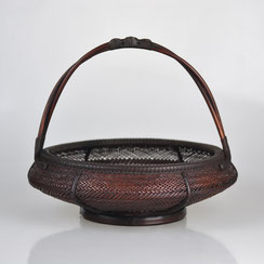 Hayakawa Shōkosai IV (1902-1975)   Food Basket