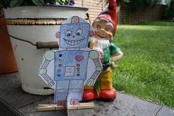 Roboter; Bastelidee; Roboter basteln; Caballo Couture; Roboter bauen; DIY Roboter; Fritz Fröhlich; Bastelidee Kinder