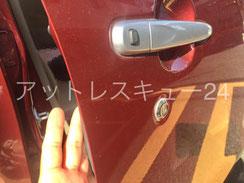 ムーヴ車内インキーロック鍵開け