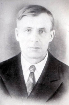 Отчим, Дьяченко Максим Федорович. Снимок конца 40-х годов.