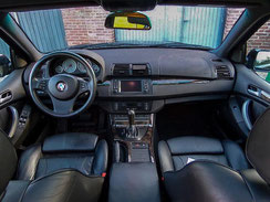 Youngtimer interieur BMW aankoopkeuring