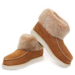 chaussons pantoufle montant en peau d'agneau mouton mérinos naturel vrai fourrure laine fourré cuir extérieur semelle élastomère extérieure légère souple respirante chaude antidérapante peauxfourrures