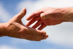 Les mains de la solidarité