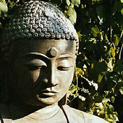 Buddhaskulptur Amida-Buddha
