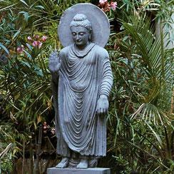 Stehender Gandhara-Buddha