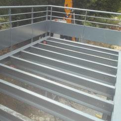 rajout d'une terrasse squash du marais sur un bâtiment en charpente métallique par ACMB 79, 86, 16 et 17