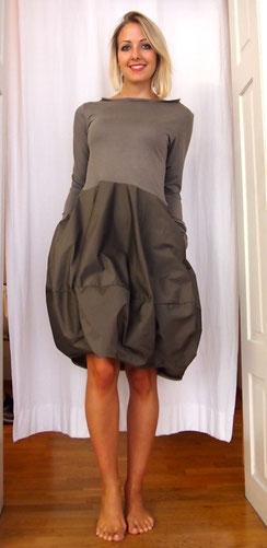 Kleid Beule Sleeve Oliv