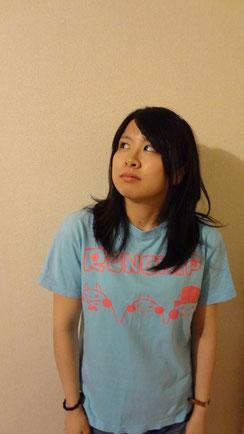 青とピンク ¥2000(モデル:まい)