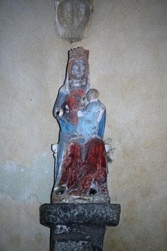 l'Enfant allaitant  13e siècle