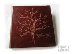 Lederalbum cognac 30cm x 30cm 100 Seiten weiß mit Pergamin Hardcover Ledereinband Handgravur Baum Name