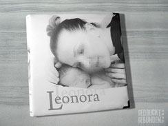 Stoffalbum Baby Geburt Stoffeinband individuell bedruckt, Hardcover 30cm x 30cm 100 Seiten weiß mit Pergaminzwischenblättern