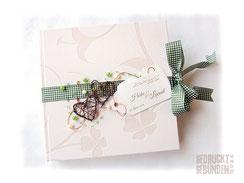 Hochzeitsgästebuch ländlich Karoschleife Rebenherzen Perlen Label bedruckt Gästebuch Hochzeit creme grün braun