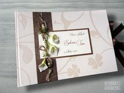 Fotoalbum Hochzeit Calla Perlen Hochzeitsalbum Callas weiß Fotobuch creme braun grün Hochzeitsgästebuch personalisiert Hochzeitsgeschenk