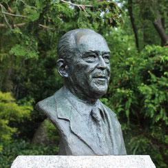 Sculpture-buste-statue-bronze-sulpteur-Langloys-Baudis