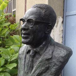 Sculpture-buste-statue-bronze-sulpteur-Langloys-Cesaire