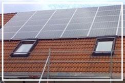 Montage von Solar.- und  PV-Anlagen