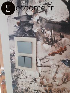 ecoome-interrupteur-prise-moderne-verre-papier-peint-jean-paul-gautier-décoration-christine_1