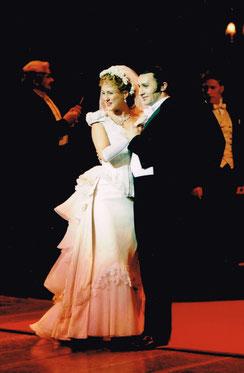 """Bruno als Dr. Jekyll, Szene """"Wedding reception"""", Theater an der Wien"""