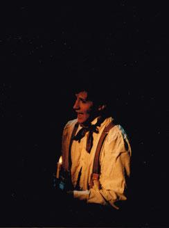 """Bruno als Alfred in """"Ein Mädchen, das so lächeln kann"""" im Raimund Theater, Wien"""
