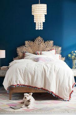 Handcarved Frond Bed