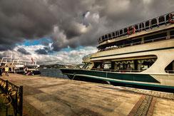 Restaurantschiff in Bebek-Istanbul Hafen