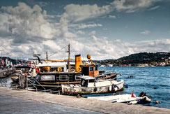 Boote im Hafen von Bebek-Istanbul