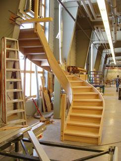 Bogentreppe in der Werkstatt