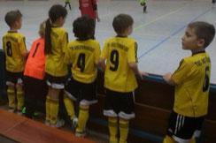 F2-Jugend beim Hallenturnier des TuSEM.