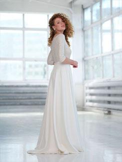 Brautmode modern und unkompliziert.