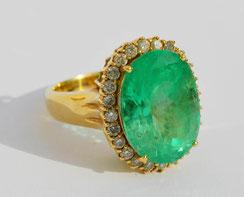 Damenring - Smaragdbesatz