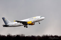 Vueling Airbus A319 (spanische Billigfluggesellschaft)