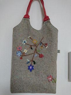 ウール手刺繍バッグ 4000円