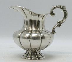 Milchkännchen, massiv Silber, ca. 1850, 235,0 g., € 235,00