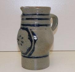 Kleine Westerwälder Keramik Kanne,blau-grau Köln-Frechen, 18,5 cm, Inhalt 0,9 L, € 79,00