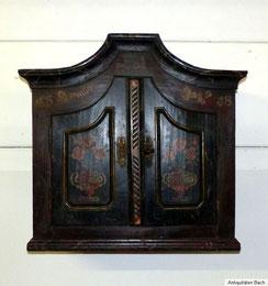 Bemalter Bauernschrank, Hänge- / Aufsatzmöbel, spätes 18. Jahrhundert, € 1150,00