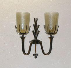 Wandlampe,geschmiedet, Eisen, 30er Jahre, Burg Lichtenfels, graues Bläschen-Glas, € 165,00