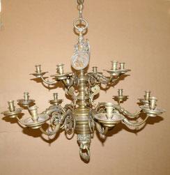 Schwerer Renaissance Leuchter, Messing, Engel,Wappen, Löwenkopf, um 1900, 22,5kg, € 1850,00