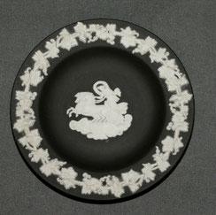 Wedgwood, England,Jasperware, schwarz, Tellerchen, Ø 11,0 cm, € 29,00