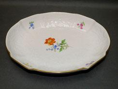 Meissen Porzellan,Ovale Schale, Servierschale,Bunte Blume,Blumenprägung,Goldrand, € 195,00