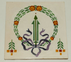 Antike Fliese,SOMAG Meissen, LOUIS XVI Stil,violette Schleife,15,2 cm x 15,2 cm, € 55,00