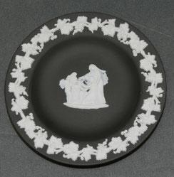 Wedgwood, England, Jasperware, schwarz, Tellerchen, Ø 11,0 cm, € 29,00