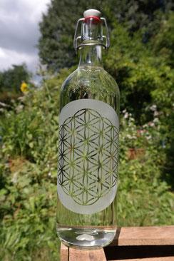 flasche , glas , trinken , trinkflasche , glasflasche , bügelverschluß , blume des lebens , soulbottle , freiglas , design