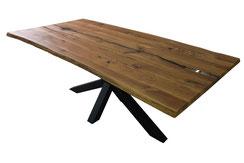 Tischplatte-aus-Eiche-mit-Epoxidharz
