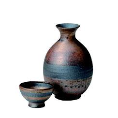 信楽焼の土物の酒器シリーズになります。