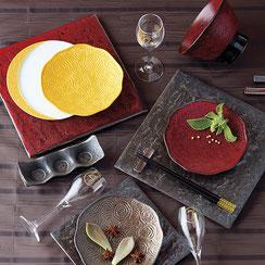 窯変の釉薬を使用したシリーズで3種類の色合いがあります。