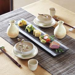 萩焼風の釉薬はどんな料理にも合わせやすい器です。