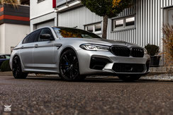 BMW M5 COMP.