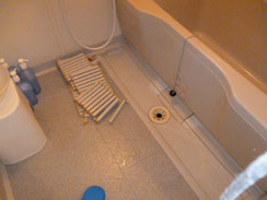 東灘区 分譲マンション浴室排水   施工前