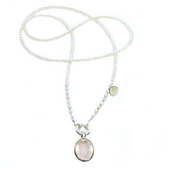 lange Perlenkette mit XL Rosenquarzstein von perlenpool