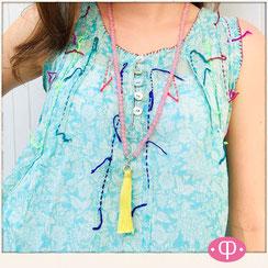 lange Halskette mit Perlen, Quastenkette, Quaste aus Seide, rosa-gelb, Yoga & Hippie Halskette & Ibiza Boho Glasperlenkette von Hand gefädelt Schmuck aus Stuttgart